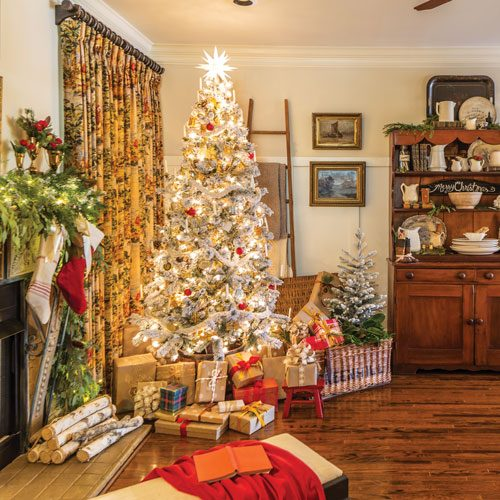 The Christmas Cottage 2019.The Cottage Journal Christmas 2019